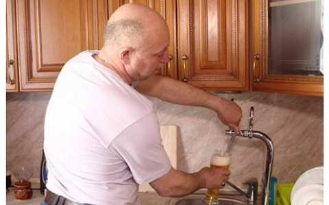Hệ thống hoàn thiện và bia được lấy ngay từ nhà bếp