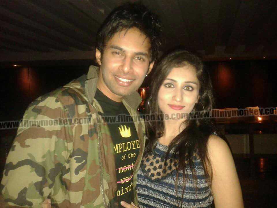 Rahul và bạn gái cũ Saloni.