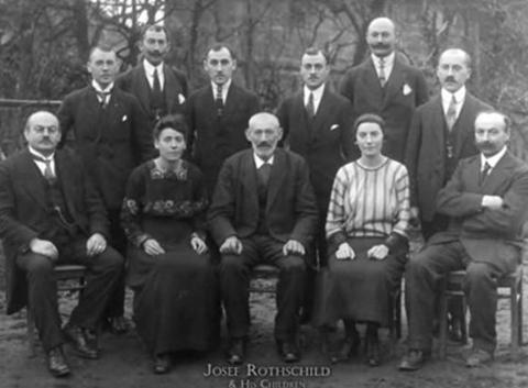Rothschild chính là gia tộc giàu có nhất thế giới.