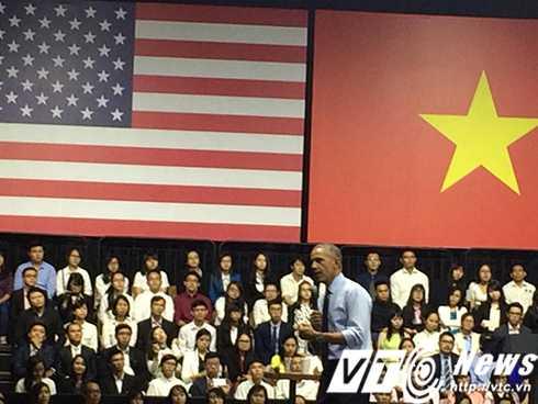 Đặc biệt nhất, Tổng thống Obama tin rằng những thủ lĩnh trẻ ngồi đây, sau này sẽ là những người làm chủ đất nước