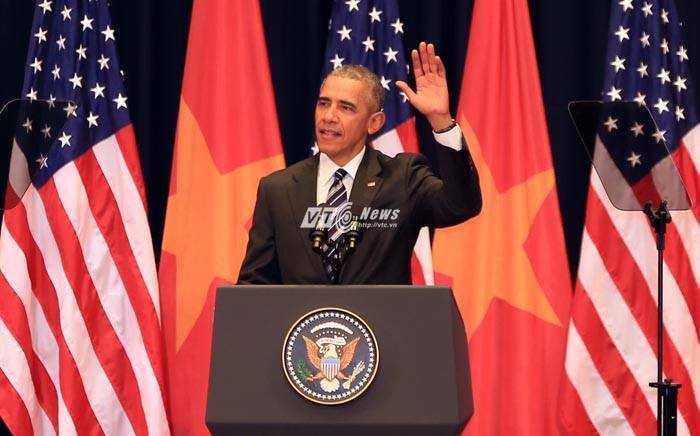 Tổng thống Mỹ phát biểu tại Trung tâm Hội nghị Quốc gia - Ảnh: Phạm Thành