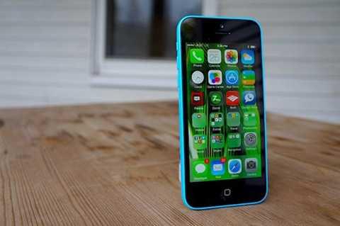 iPhone 5c (giá từ 2 triệu đồng)  Xuất   hiện cùng iPhone 5s ba năm trước với giá hơn 10 triệu đồng, nhưng giờ,   iPhone 5c được coi như một dòng smartphone giá rẻ trên thị trường xách   tay vì chỉ bỏ ra 2 triệu đồng, người dùng có thể sở hữu một mẫu 16GB   hàng Nhật khoá mạng. Nếu muốn bản quốc tế để không phải dùng đến sim   ghép, cũng chỉ cần trên dưới 3 triệu đồng.