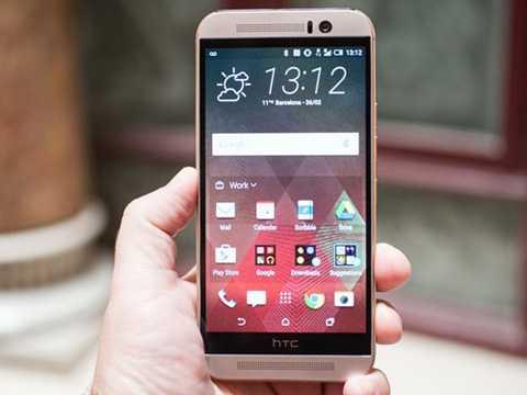 HTC One M9 (giá 5 triệu đồng)  Xuất   hiện sau M8 một năm, nhưng giá bán của One M9 trên thị trường xách tay   giờ rẻ không kém. So với bản tiền nhiệm, One M9 vẫn sở hữu bộ vỏ kim   loại nguyên khối, màn hình Full HD nhưng dùng chip Snapdragon 810 mạnh   hơn và camera chuyển về dạng đơn truyền thống.