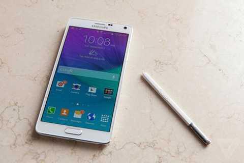 Samsung Galaxy Note 4 (5 triệu đồng)  Đây   là dòng Galaxy Note đầu tiên có khung viền kim loại và được trang bị   cảm biến vân tay. Ở thời điểm ra mắt cuối 2014, Galaxy Note là một trong   những smartphone cao cấp và hiệu năng mạnh nhất. Ngoài màn hình lớn,   sản phẩm còn được trang bị bút S Pen với nhiều tính năng ghi chú, cho   khả năng ghi chép trên màn hình cảm ứng linh hoạt như bút thật.