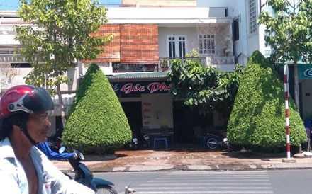 Quán cà phê Gốc Phố nơi xảy ra vụ việc