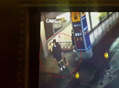 Nữ du học sinh Việt bị bắt vì bỏ con mới sinh ở ga tàu. Ảnh: Koogle TV.