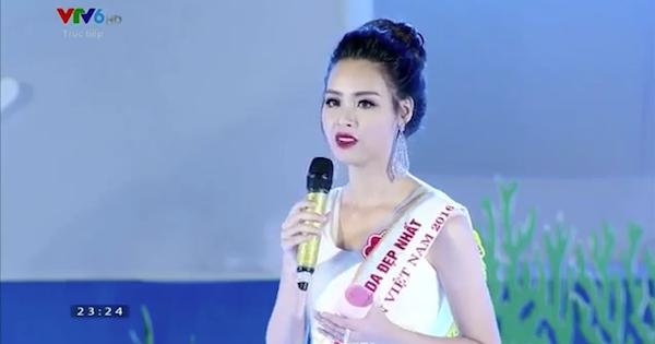 Hoa hậu Biển Việt Nam 2016 ứng xử như quên bài học thuộc lòng vẫn đăng quang