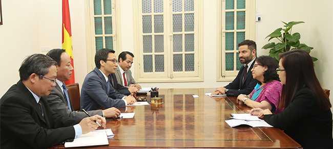 Chiều 5/4, Phó Thủ tướng Vũ Đức Đam đã tiếp bà Jagjit Pavadia, Phó Chủ tịch Ủy ban Kiểm soát ma túy quốc tế của Liên hợp quốc.