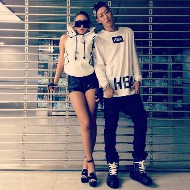 Stylist Yang Seung Ho chụp hình cùng CL - trưởng nhóm 2NE1