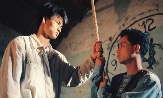 Xuân Bắc vào vai Thiên - cậu học sinh miền Nam chuyển ra Hà Nội sinh sống và theo học lớp 12A. Đây là vai diễn đầu tiên của nam diễn viên gốc Phú Thọ trên màn ảnh nhỏ. Sau