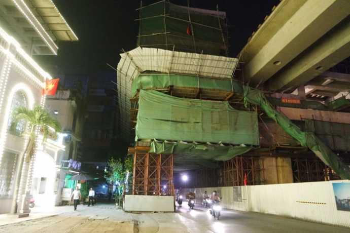 Ga La Thành trên phố Hoàng Cầu và nhiều hạng mục khác của Dự án đường sắt Cát Linh - Hà Đông đang được giám sát nghiêm ngặt về công tác an toàn