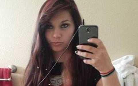Brianna Longoria, 18 tuổi đã gây ra một vụ tai nạn khiến hai người chết.