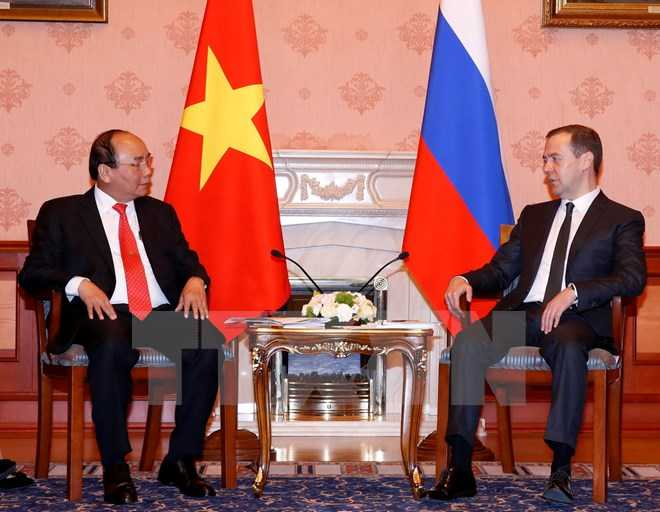 Thủ tướng Nguyễn Xuân Phúc hội đàm với Thủ tướng Nga D. Medvedev - Ảnh: TTXVN