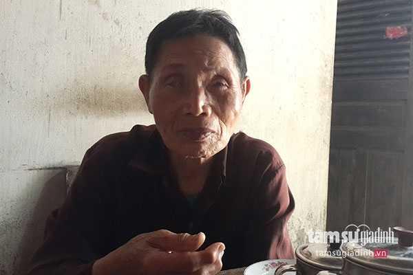 Ông thủ từ Đặng Việt Hân bị mù mắt phải, mắt trái kém