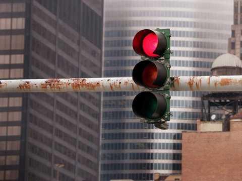 """""""Ở một ngã tư, một ngày đèn giao thông chuyển thành đỏ bao nhiêu lần?"""" - ứng viên tư vấn quản trị."""
