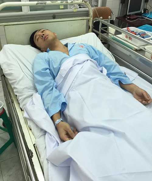 Hình ảnh Trấn Thành nhập viện vừa được đăng tải trên trang cá nhân của anh (Ảnh: FBNV)