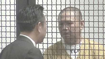 Minh Béo cạo trọc đầu xuất hiện ít phút tại tòa (Ảnh: Ngọc Lan, VnExpress)