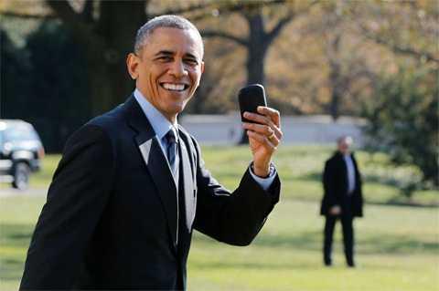 Chiếc BlackBerry là vật bất ly thân với ông Obama