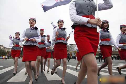 Nhờ có sự tham gia của đội ngũ   trai đẹp gái xinh hùng hậu, đây được coi là cuộc thi chạy marathon
