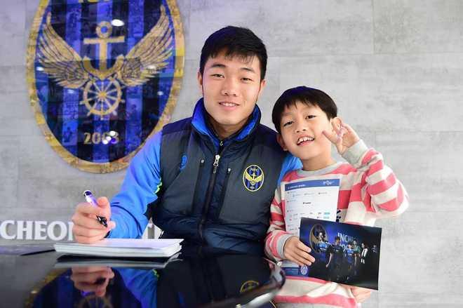 Xuân Trường sẽ sớm thoát phận người thừa ở Incheon United