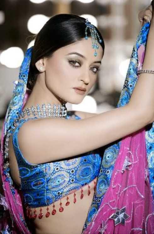 Mahhi Vaij trở thành gương mặt mới của phim