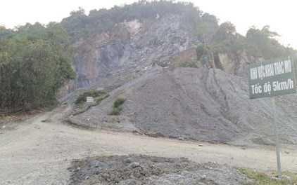 Khu vực khai thác đá của HTX Đá vôi và VLXD Bó Luông - Ảnh: Tiền Phong