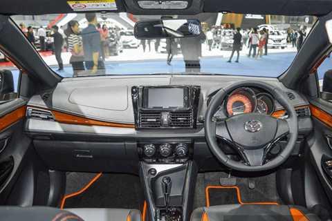 Theo hãng xe Toyota, ngoại trừ nội   thất màu cam và đen, tất cả những trang bị kể trên đều nằm trong gói phụ   kiện đặc biệt TRD Sportivo. Khi muốn trang bị gói này cho chiếc Toyota   Yaris của mình, khách hàng đương nhiên phải chi thêm tiền.