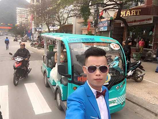 Hiệp Gà đã 2 lần kết hôn. Người vợ đầu tiên của danh hài là Nguyễn Thanh Quý, hai người ở với nhau 6 năm, có một cô con gái là Dương Nguyễn Hân Huyền sinh năm 2005. Sau đó, Hiệp Gà lấy vợ hai sinh năm 1986 tên là Phan Thu Trang, nhưng cả hai cũng chỉ ở với nhau được một thời gian ngắn..