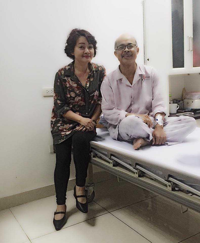 Nghệ sĩ Hán Văn Tình nhập viện mổ hạch nách và nằm viện hơn 1 tuần qua. Ảnh: FBNV