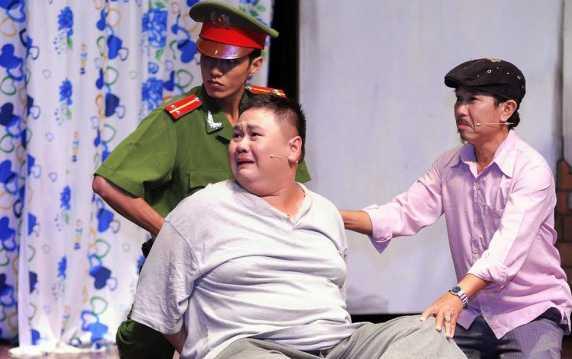 Minh Béo có nguy cơ đối mặt án tù lâu năm (Ảnh trong một vở kịch)