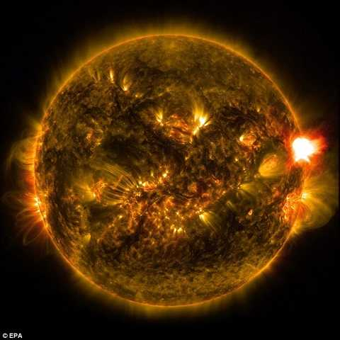 Mặt trời thức tỉnh hoạt động mạnh nhất thời gian gần đây