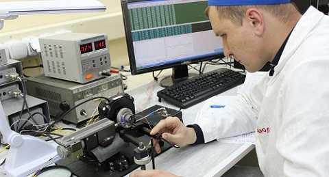 Nga phát triển rô-bốt y tế có khả năng sơ cứu