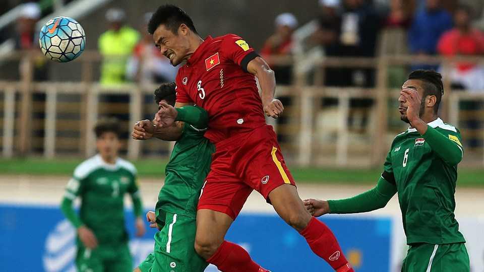 Đình Luật suýt khiến tuyển Việt Nam hai lần bị phạt đền
