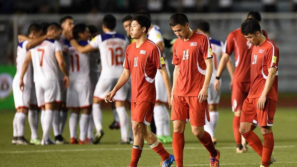 Triều Tiên thua sốc 2-3 trước Philippines