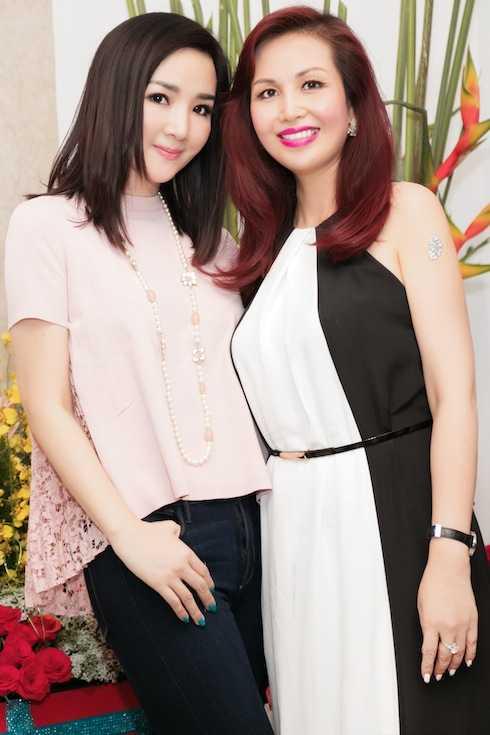 Hoa hậu Việt Nam Diệu Hoa cũng có mặt tại sự kiện.