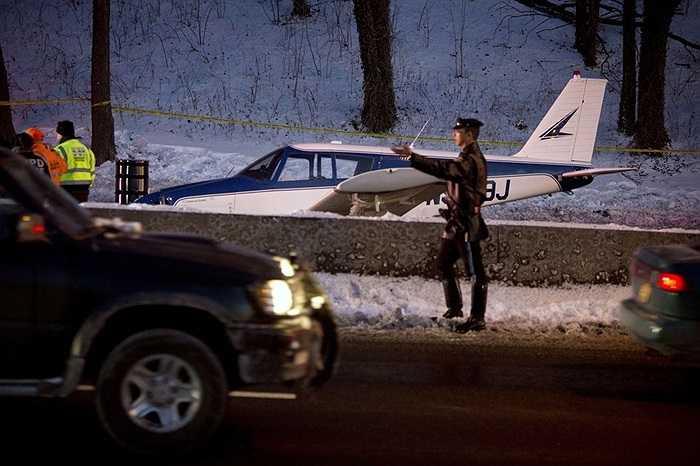 Cảnh sát điều khiển vụ hạ cánh khẩn cấp vì thời tiết ở Bronx, New York