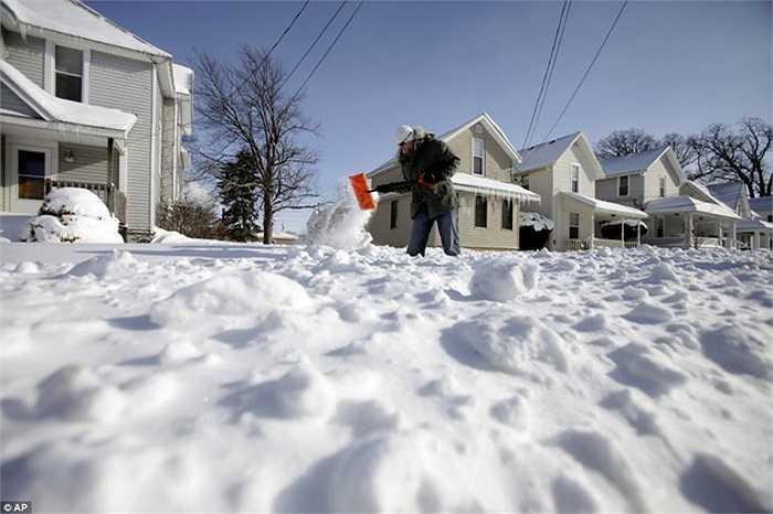 Trong khi đó, ở Ohio cũng đang ngập trong tuyết trắng