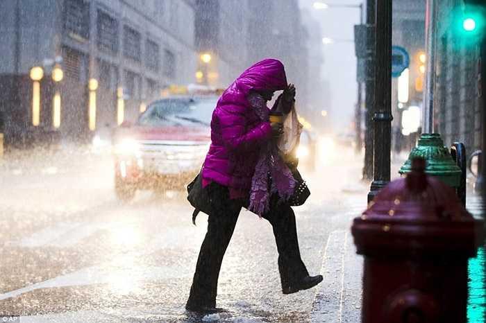 Không chỉ băng tuyết, Philadelphia còn phải gánh chịu thêm những trận mưa đông lạnh giá
