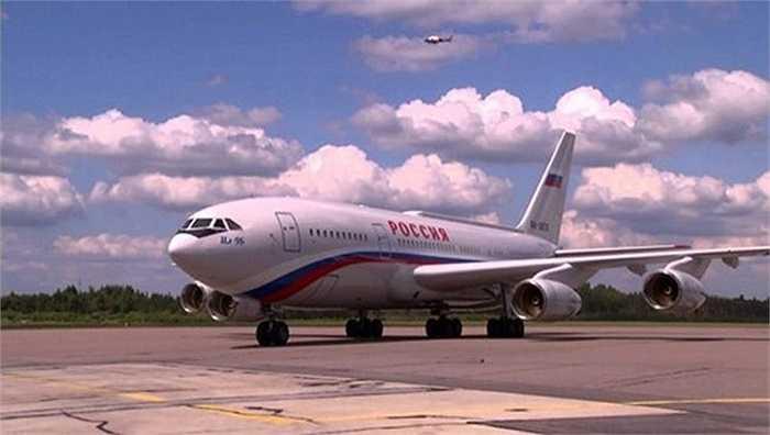 Chuyên cơ của Tổng thống Nga là Ilyushin Il-96.