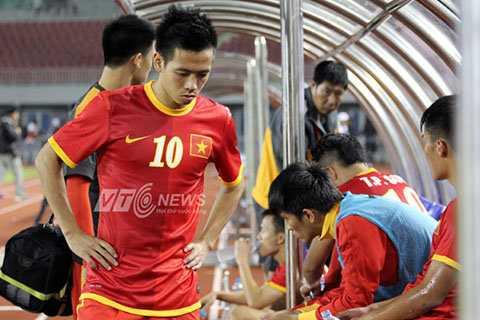 Bóng đá Việt Nam vẫn được FIFA xếp trên Thái Lan