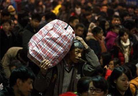Hàng triệu người Trung Quốc bắt đầu đổ về quê ăn Tết