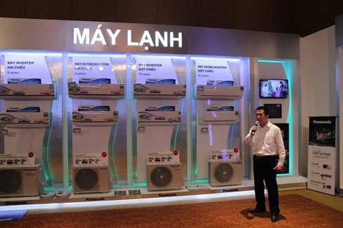 Panasonic khoe công nghệ Econavi trên tủ lạnh và nhiều sản phẩm khác.