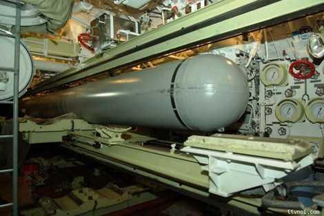 Đạn tên lửa hệ thống Klub trong khoang phóng ngư lôi tàu ngầm Kilo.