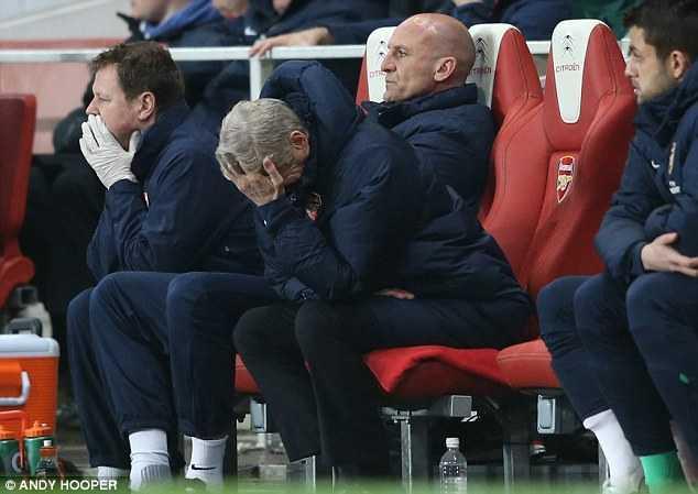 Arsene Wenger thất vọng với kết quả hòa 2-2 trước Swansea