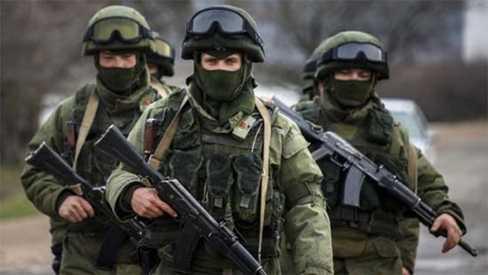 Những binh lính bịt mặt ở Crưm được cho là quân nhân Nga