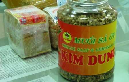 Hộp muối sả ớt chứa tiền chất ma túy tổng hợp đi máy bay ra nước ngoài