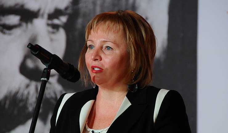 Bà Lyudmila Putina