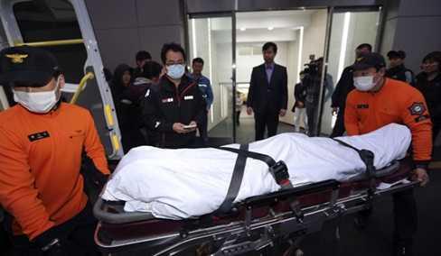 Thi thể một nạn nhân vụ chìm phà thảm khốc ở Hàn Quốc