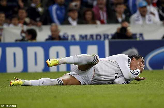 Ronaldo cũng là bậc thầy ở khoản 'diễn xuất'