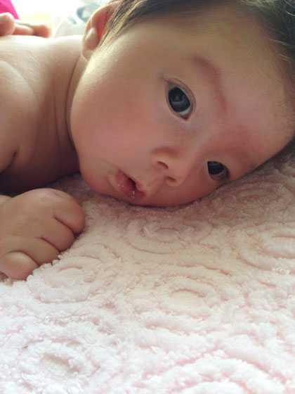 Bé Sol - con gái đầu lòng của Đoan Trang